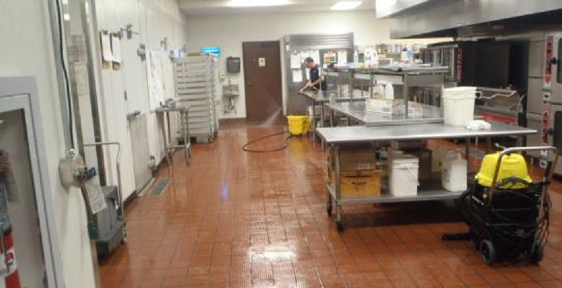 restaurant cleaning for the floors